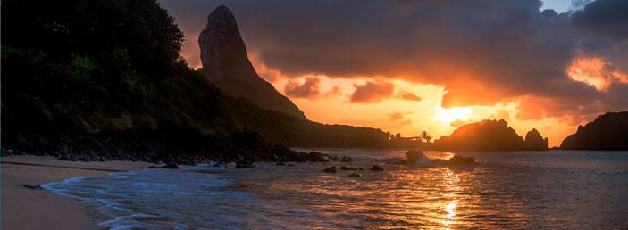 por-do-sol-praia-do-cachorro